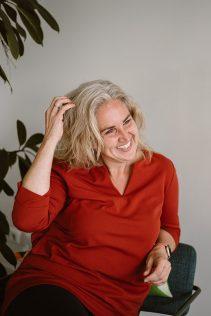 Zachtpatsers, Sandra Broertjes